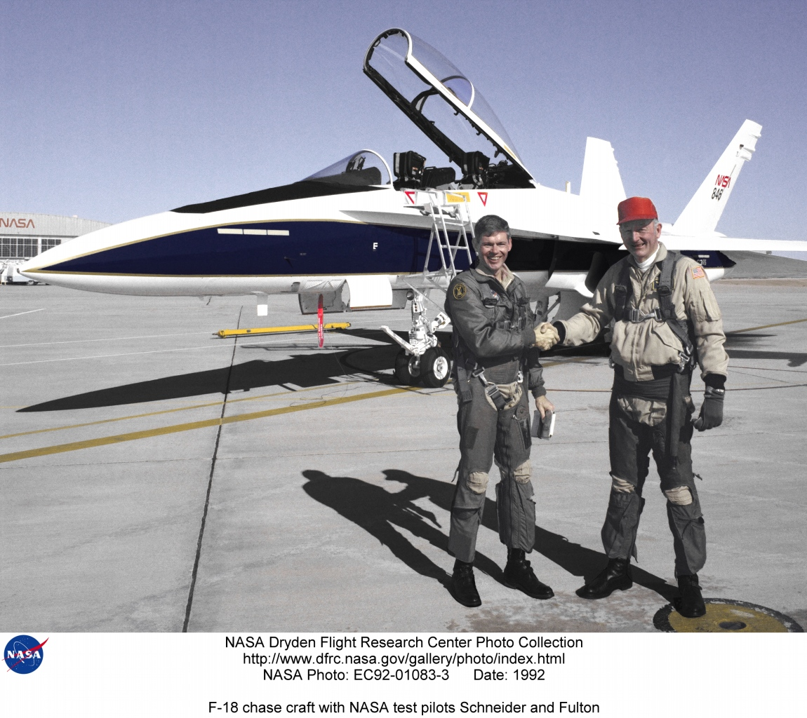 F-18Chase EC92-01083-3: F-18 chase craft with NASA test ...