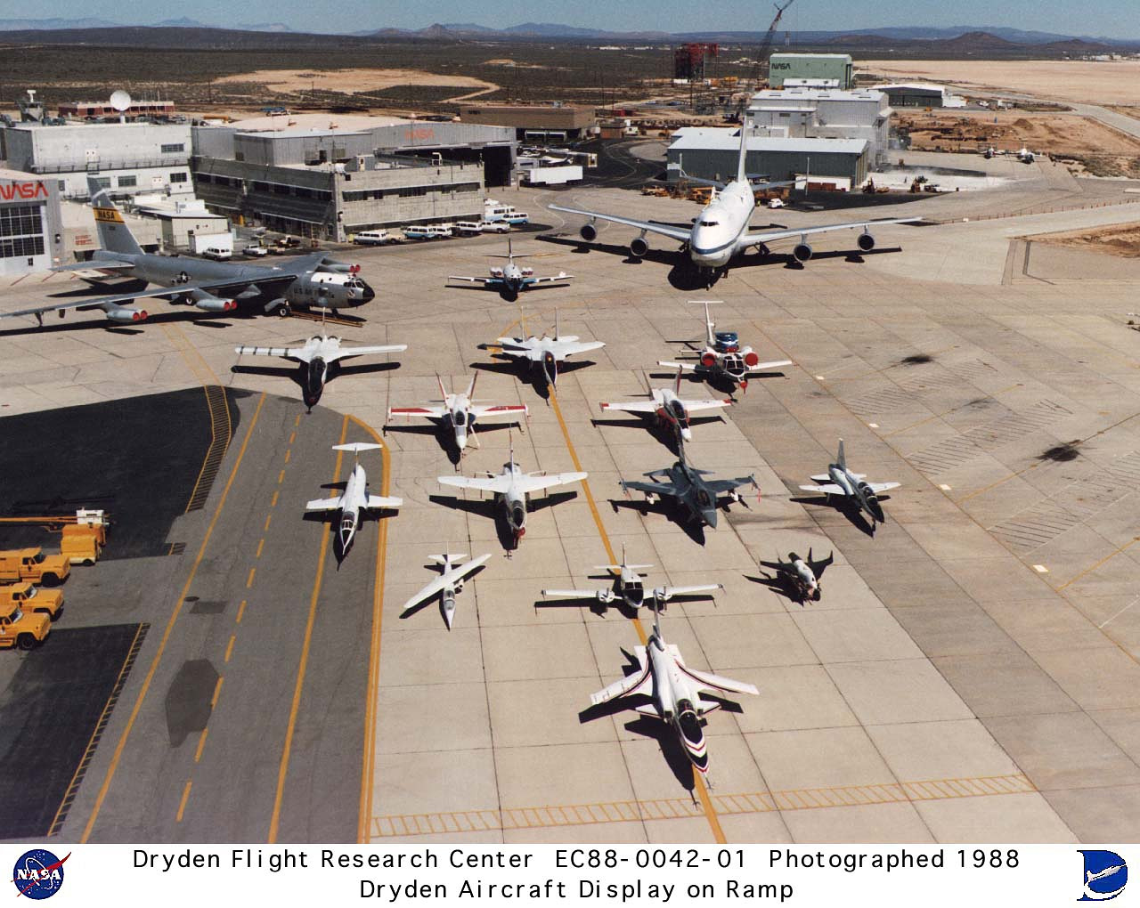 Dryden Aircraft Fleet 1980s Photo Collection Medium ...