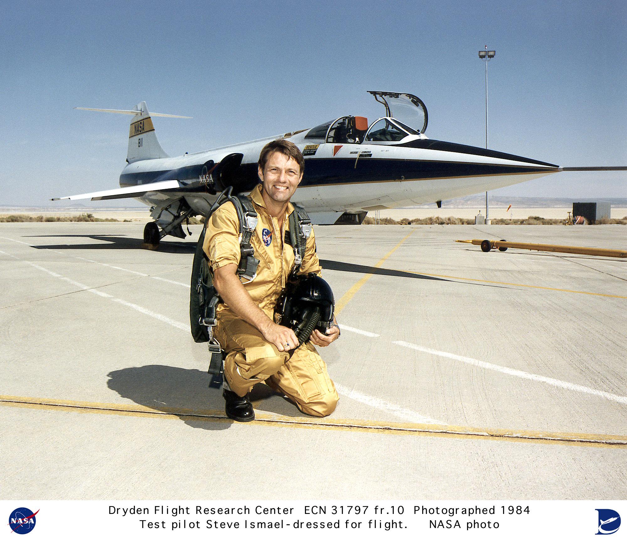 Pilots ECN-31797-FR10: F-104 with research pilot Steve Ishmael