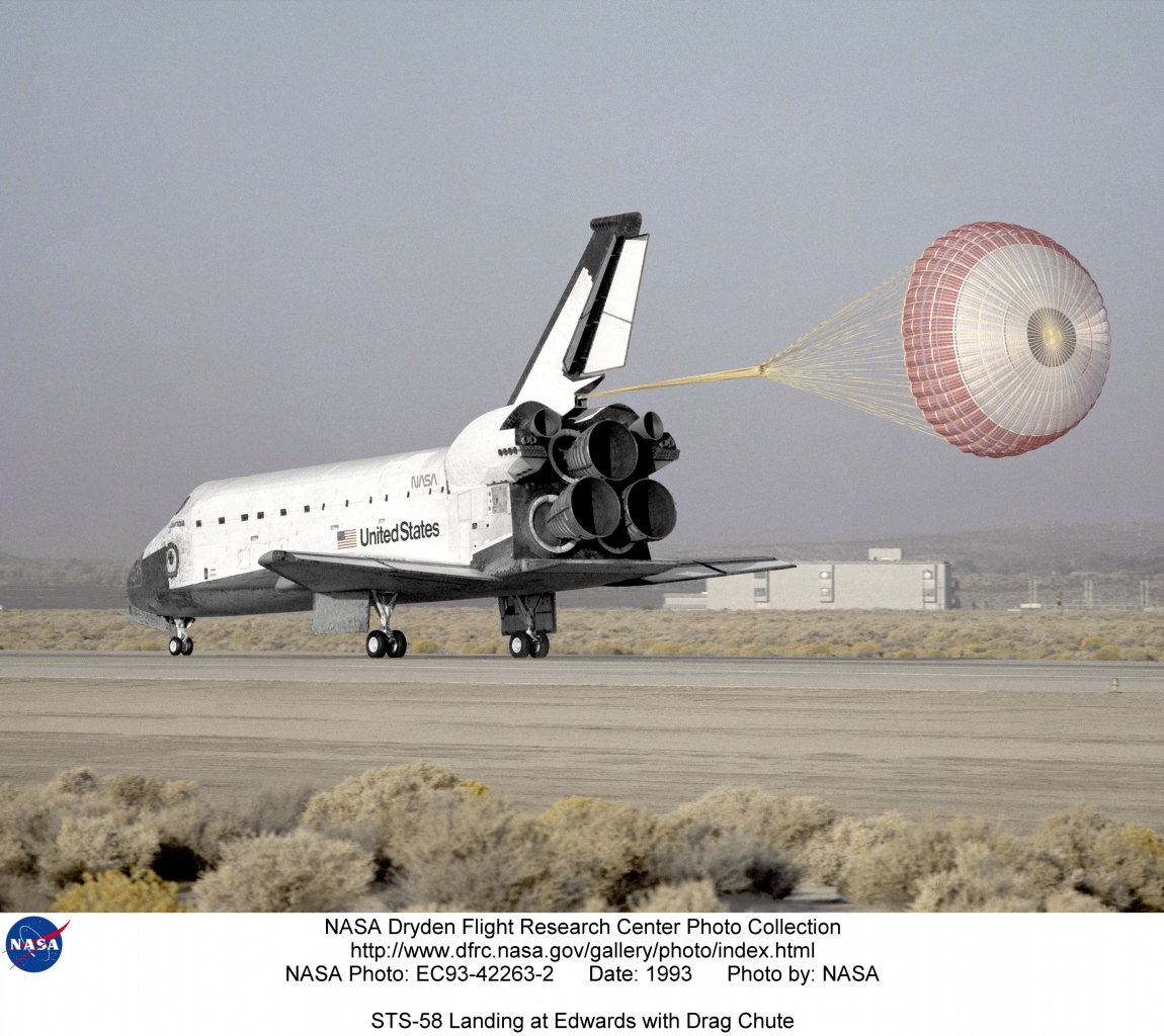 STS EC93-42263-2: STS-58 Landing at Edwards with Drag Chute