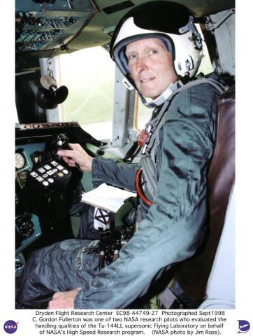 TU-144LL EC98-44749-27: Research Pilot C. Gordon Fullerton ...